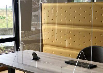 pannelli-plexiglass-farmacia-600x600